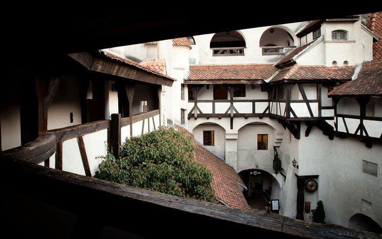 castillo-dracula-en-venta2
