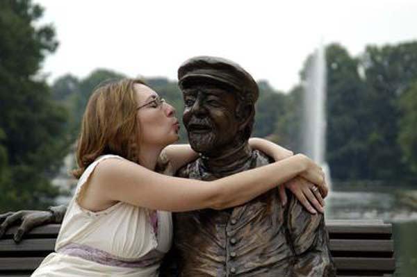 fotos-graciosas-con-estatuas6