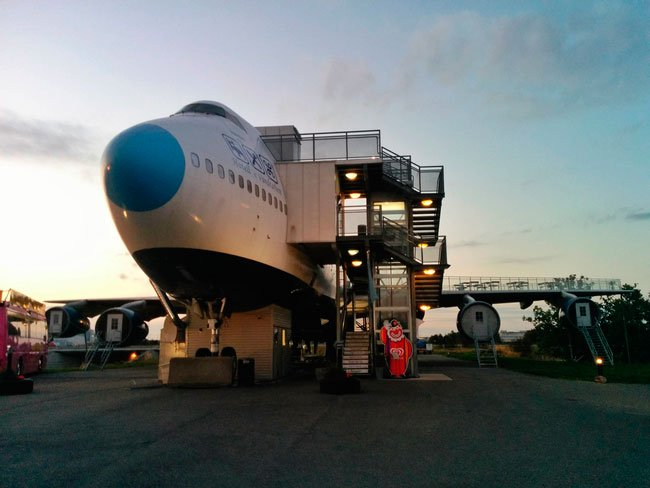 avion-albergue2