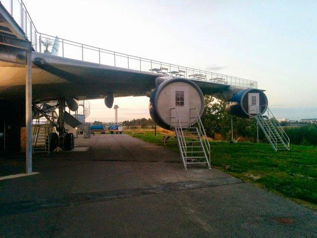avion-albergue3