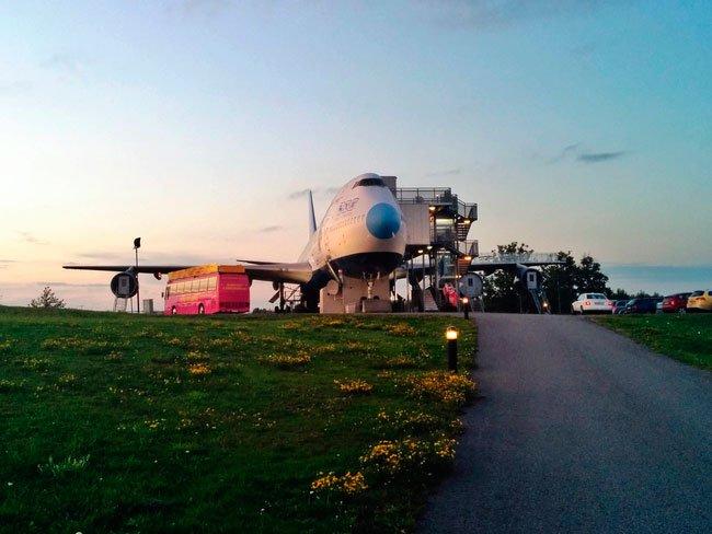 avion-albergue6