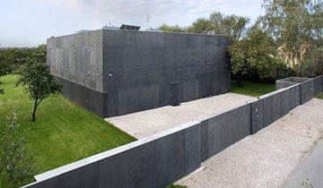 Si estás esperando el Apocalipsis Zombie, esta es la casa que necesitas
