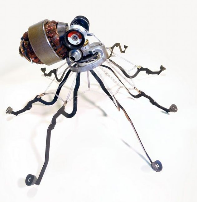 esculturas-maquinas-escribir6
