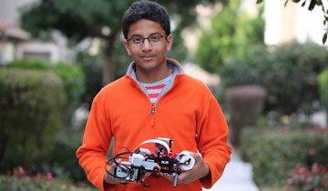 Este chico consiguió el trabajo de sus sueños experimentando con Lego. Mira lo que hizo.
