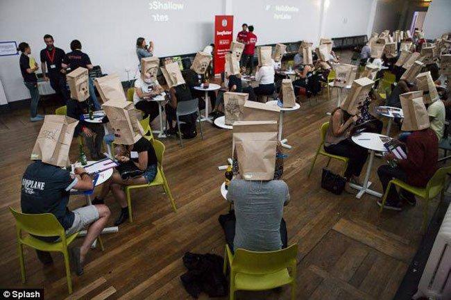 paper-bag-dating1