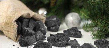¿Necesitas un regalo para la gente que ha sido traviesa? Prepara carbón dulce.