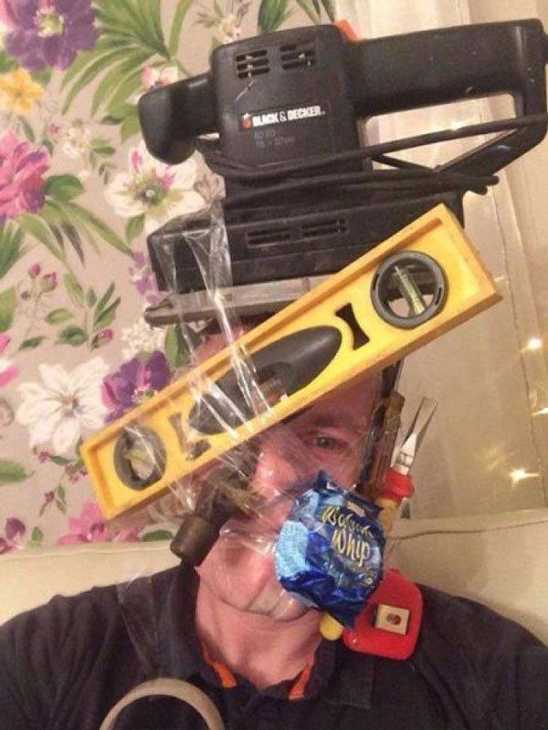 sellotape-selfies24