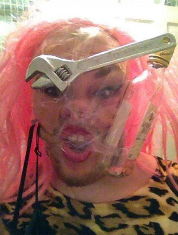 sellotape-selfies9
