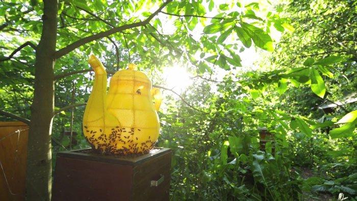 abejas-escultura-tetera3