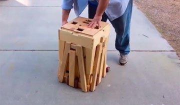 Fíjate en esta caja de madera, porque de repente será algo completamente distinto.