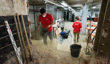 Lo que estos trabajadores encontraron enterrado debajo de un supermercado es impactante.
