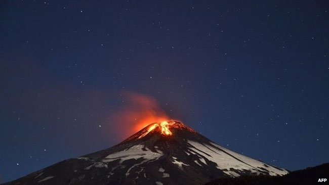 erupcion-villarrica-chile2