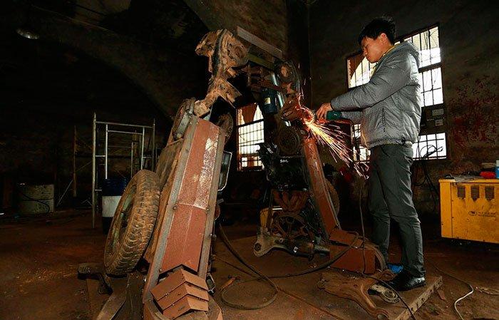 esculturas-transformers-chatarra-china2