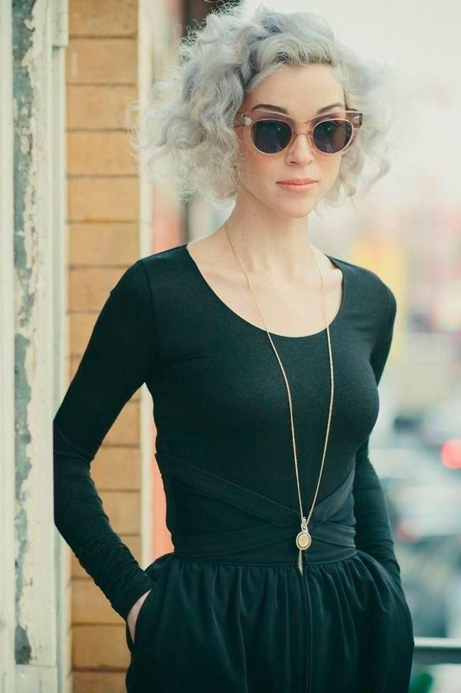 pelo-gris-mujer-tendencia-10