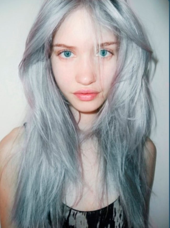 pelo-gris-mujer-tendencia-15