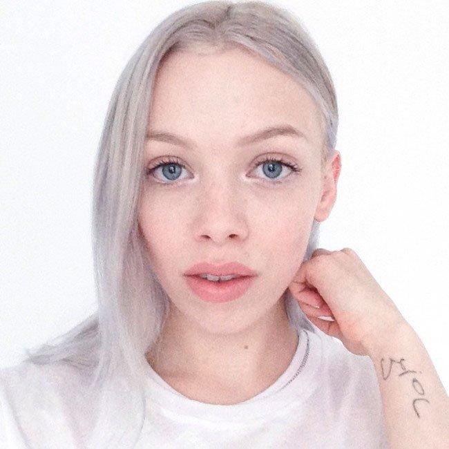 pelo-gris-mujer-tendencia-5