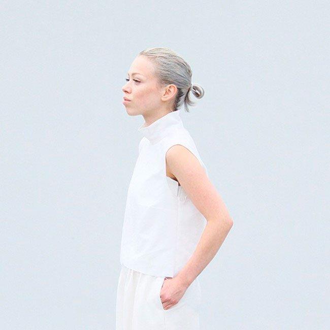 pelo-gris-mujer-tendencia-9