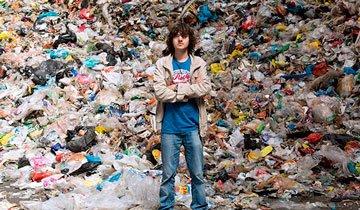 La mejor forma de limpiar nuestros océanos ha sido inventada por un chico de 20 años.