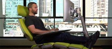Si estás cansado de las sillas de oficina, necesitas esta estación de trabajo.