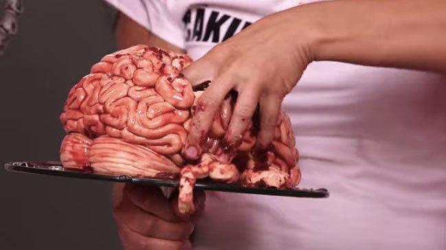 torta-halloween-cerebro-1
