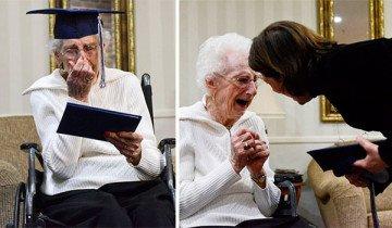 Anciana de 97 años llora de alegría al conseguir su diploma de escuela secundaria.